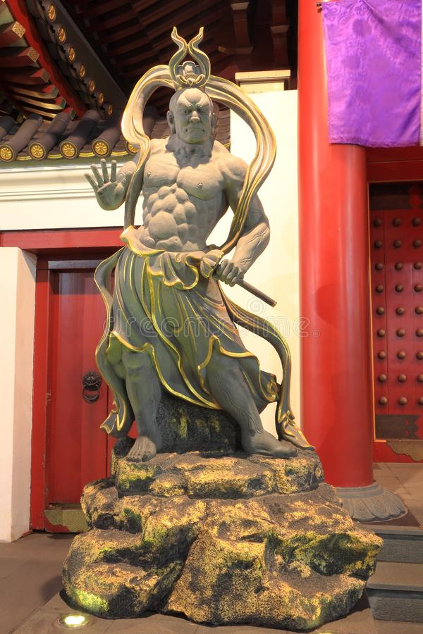 菩萨牙遗物寺庙门监护人 库存图片