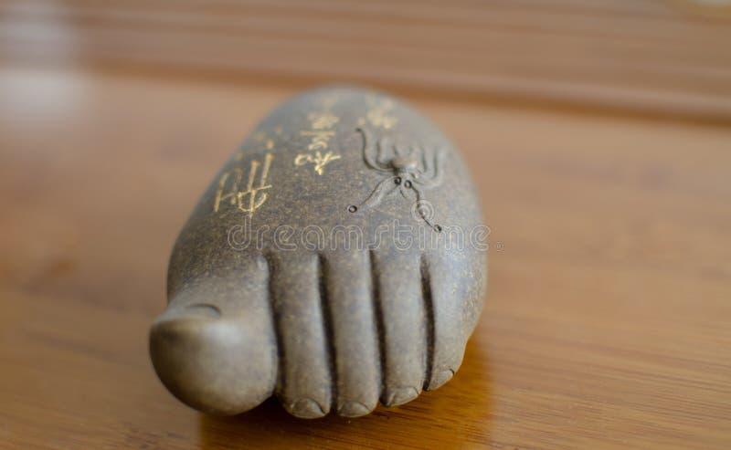 菩萨脚porcelan形象使用在puerh中国茶道 图库摄影