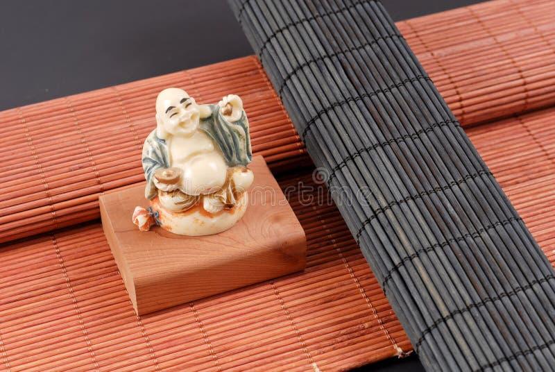 菩萨雕刻了大理石雕塑 库存图片