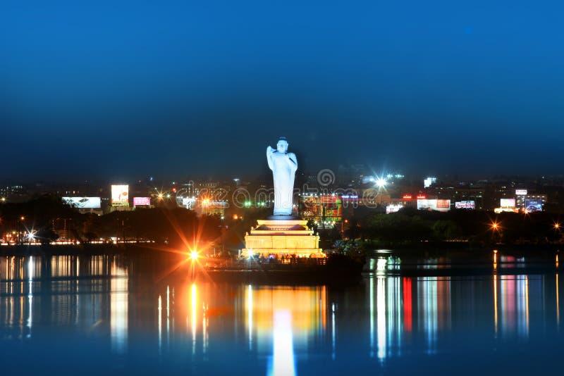 菩萨雕象在海得拉巴,印度 免版税库存图片
