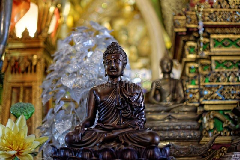菩萨雕象:在宗教的信念 免版税库存图片