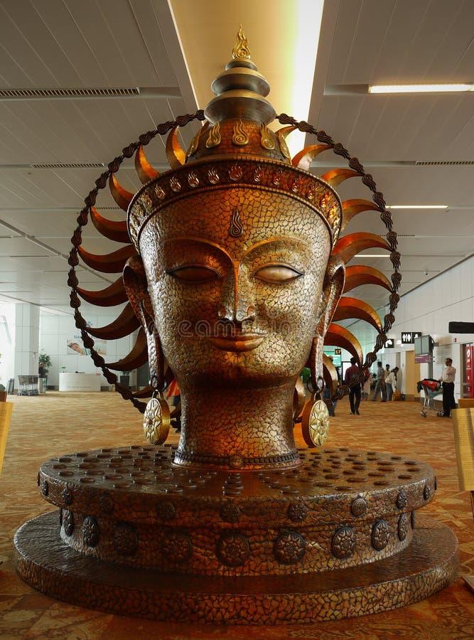 菩萨雕象-德里机场-印度 免版税图库摄影