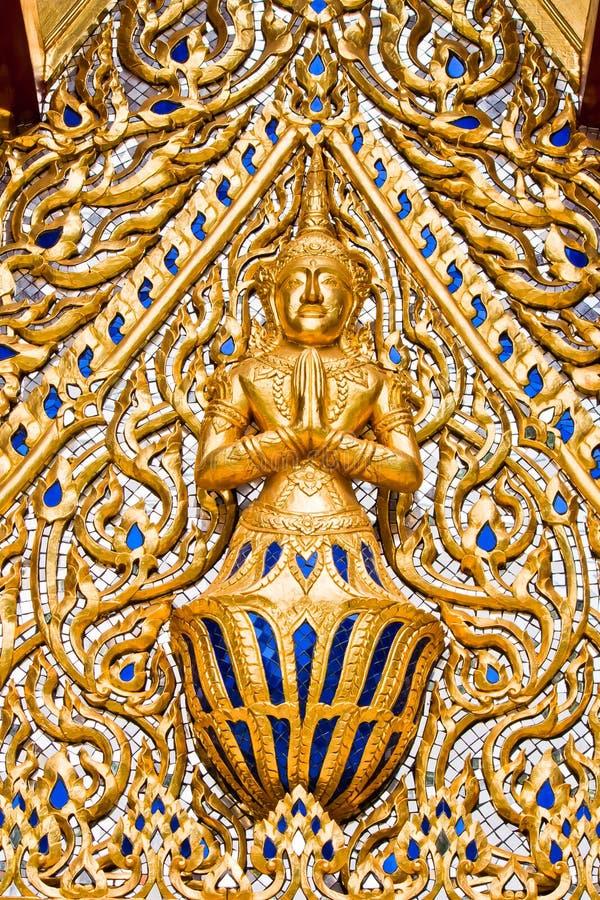 Download 菩萨雕象 库存照片. 图片 包括有 宗教, 创造性, 节假日, 华美, 有历史, 神圣, 思考, 设计, 平静 - 22357602