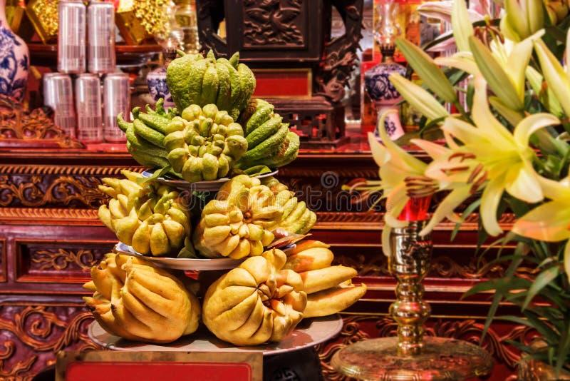 菩萨` s手柑橘medica var sarcodactylus或手指的香橼,越南语- phat星期四 如宗教提供被给的果子 库存图片