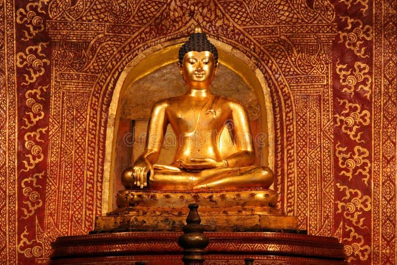 菩萨phra sihing的雕象 免版税库存图片