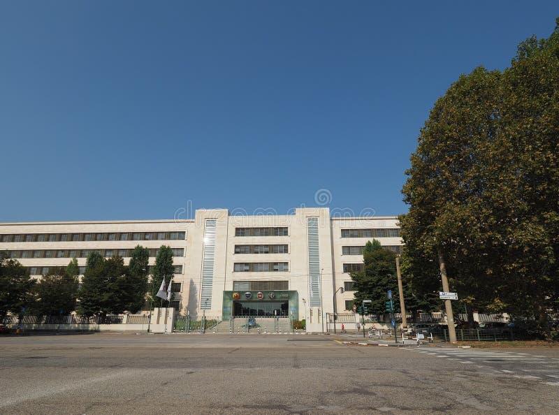 菲亚特Mirafiori克莱斯勒汽车(FCA)汽车工厂在都灵 免版税库存图片