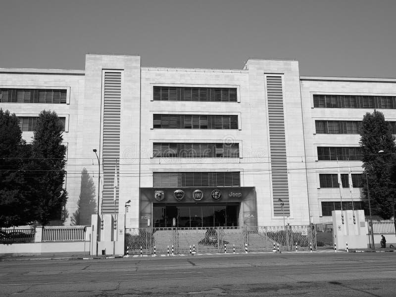 菲亚特Mirafiori克莱斯勒汽车(FCA)汽车工厂在都灵i 免版税库存照片