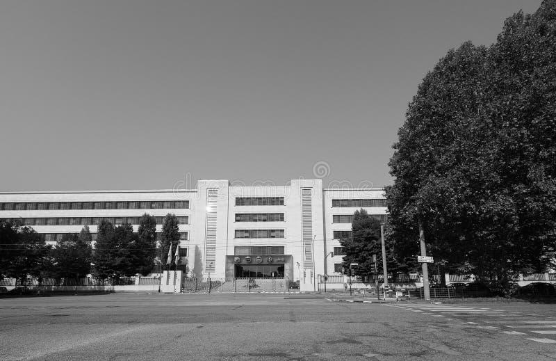 菲亚特Mirafiori克莱斯勒汽车(FCA)汽车工厂在都灵i 图库摄影