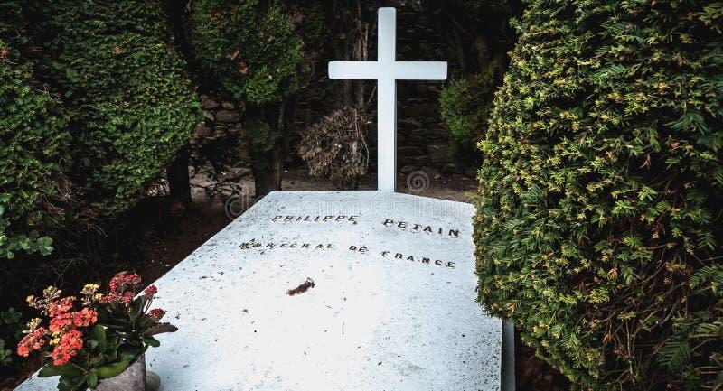 菲利普・贝当马雷夏尔de法国用在他是被埋没的港若茵维莱,法国的坟墓写的法语 免版税库存图片