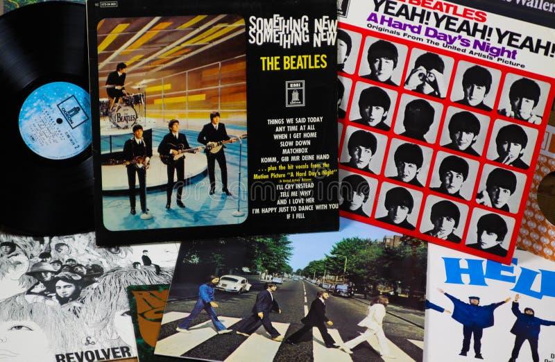 菲尔森,德国- 3月10 2019年:在Beatles唱片的汇集的看法 免版税库存图片