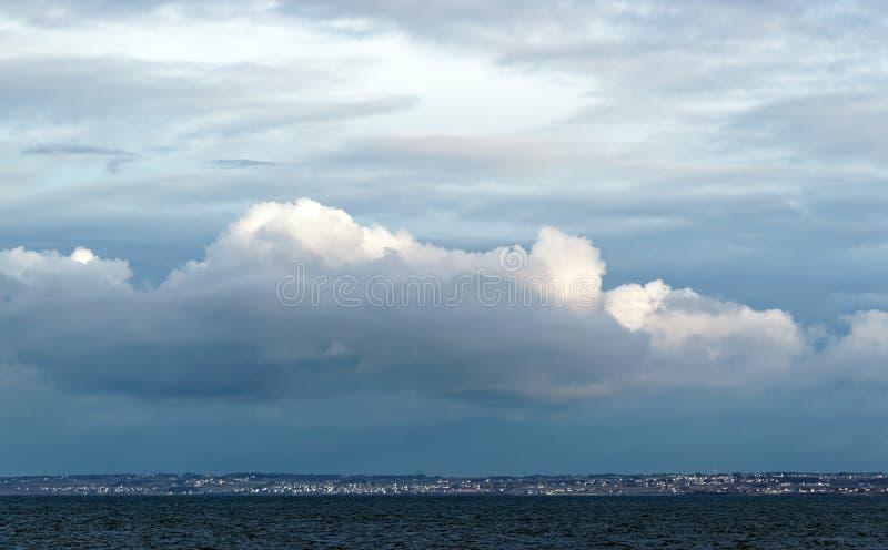 菲尼斯泰尔省海岸在布里坦尼 免版税库存照片