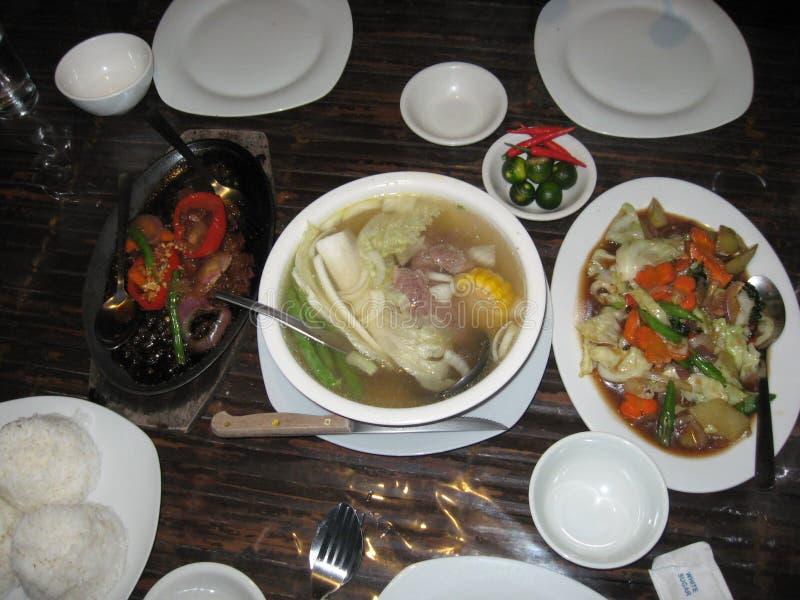 菲律宾食物在大雅台市,菲律宾 免版税库存照片