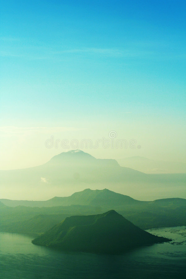 菲律宾taal火山 库存图片