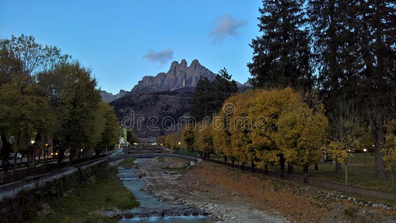 菲耶拉迪普里米耶罗,白云岩,意大利 库存照片
