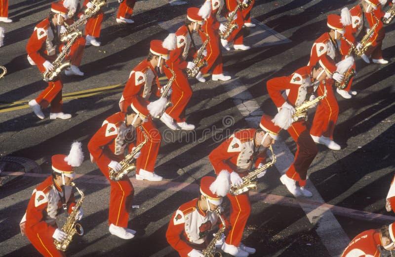 萨克斯管吹奏者在玫瑰杯游行,帕萨迪纳,加利福尼亚 免版税图库摄影