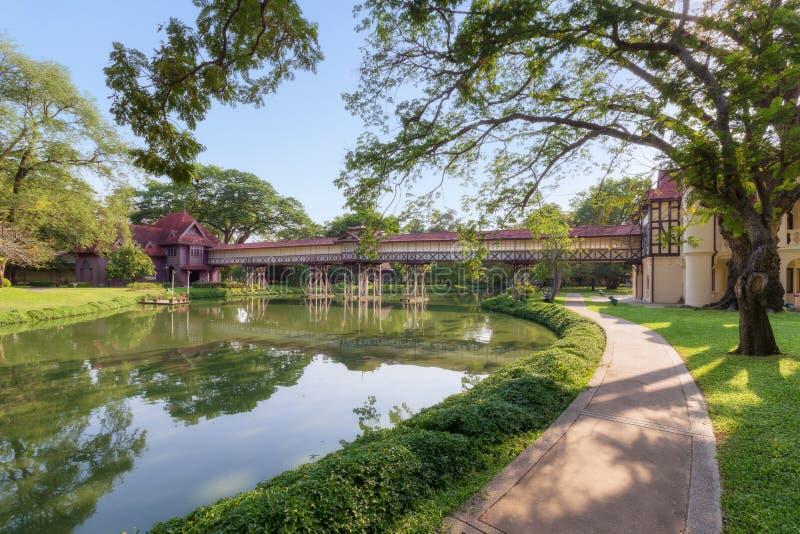 萨娜姆陈宫殿的美丽的公园, (Rama国王6),洛坤 免版税库存图片