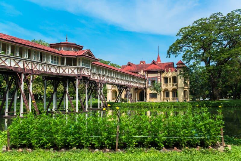 萨娜姆Chandra宫殿,欧洲城堡样式, Rama国王VI在佛统,泰国 库存照片