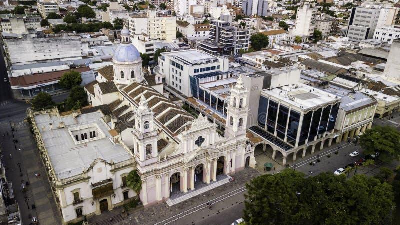 萨尔塔/萨尔塔/阿根廷- 01 01 19:萨尔塔大主教管区 19世纪的华丽大教堂 阿根廷 免版税图库摄影