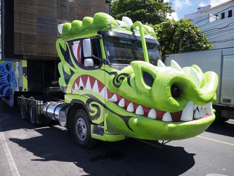 萨尔瓦多狂欢节三重奏Electrico音乐卡车 图库摄影