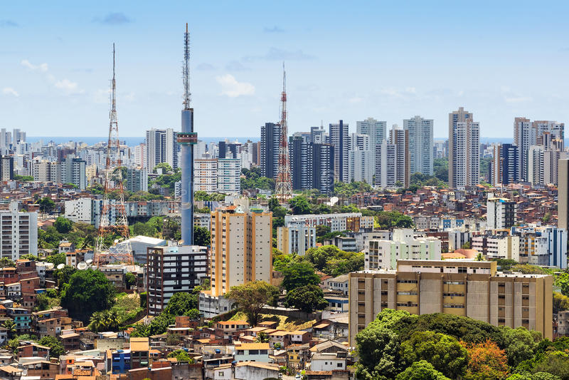 萨尔瓦多都市风景,巴伊亚,巴西鸟瞰图  免版税库存图片