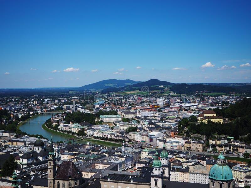 萨尔茨堡市在夏天 库存图片