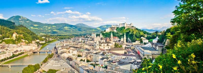 萨尔茨堡,奥地利全景  免版税图库摄影