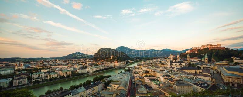萨尔茨堡,奥地利,欧洲鸟瞰图  免版税库存照片