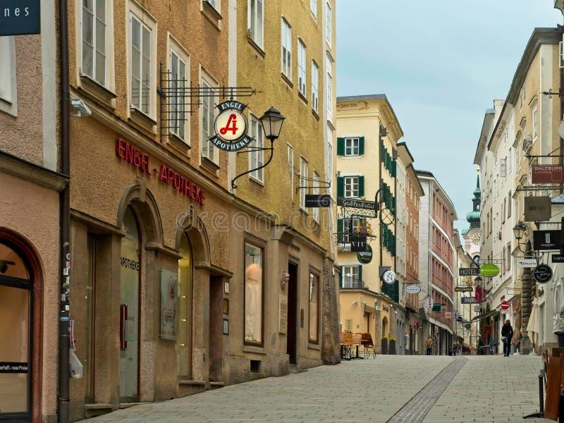 萨尔茨堡Linzergasse old-world魅力 库存照片