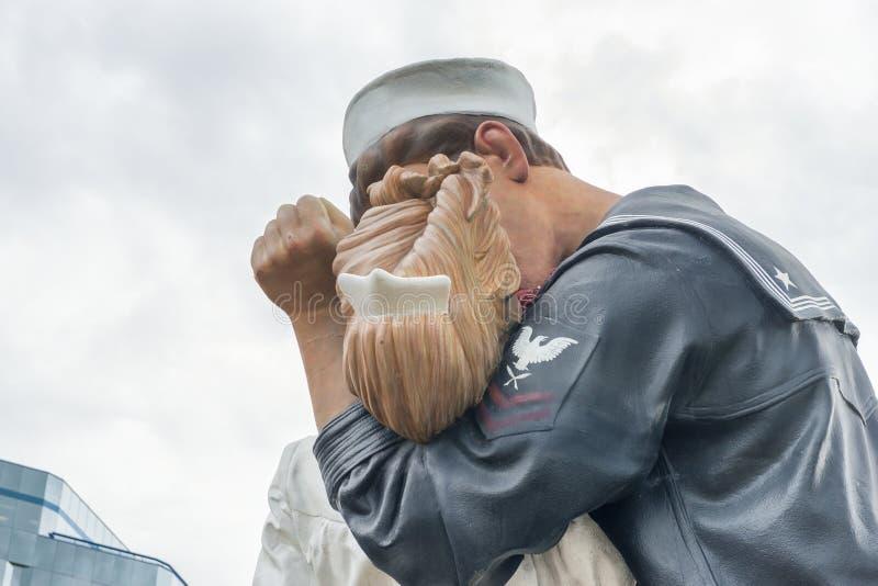萨拉索塔,佛罗里达- 2016年1月:雕象题为Uncondition 免版税库存图片