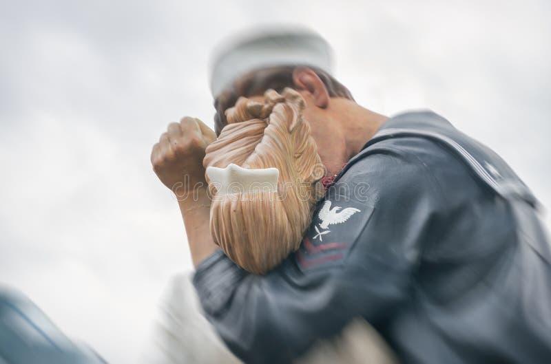 萨拉索塔,佛罗里达- 2016年1月:雕象题为Uncondition 库存图片