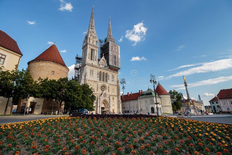 萨格勒布大教堂全景 免版税图库摄影