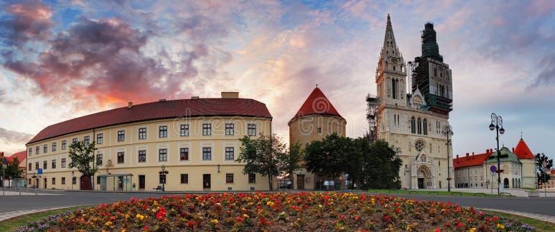 萨格勒布大教堂-全景,克罗地亚 免版税库存照片