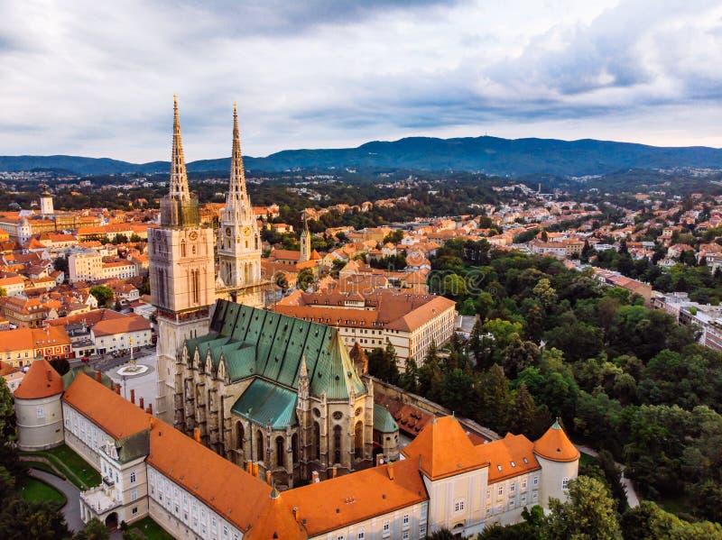 萨格勒布老欧洲哥特式教会大教堂  免版税库存照片