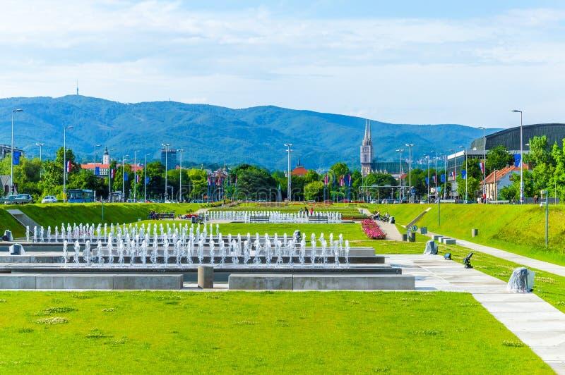 萨格勒布草坪和喷泉 免版税图库摄影