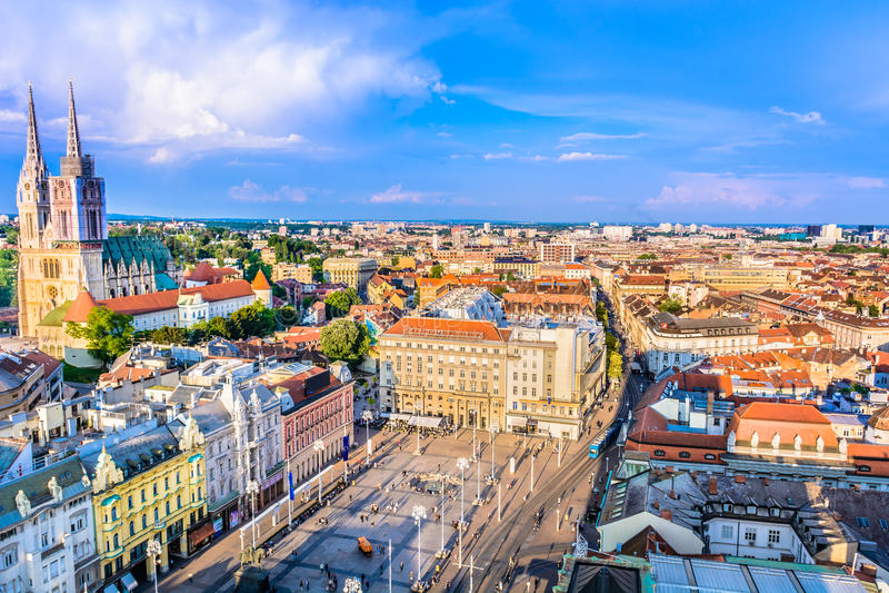 萨格勒布镇,克罗地亚的首都 免版税库存照片