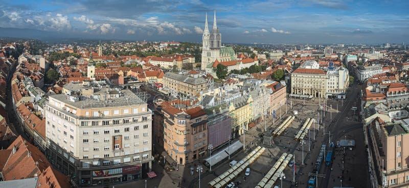 萨格勒布,克罗地亚的历史部分全景  库存图片