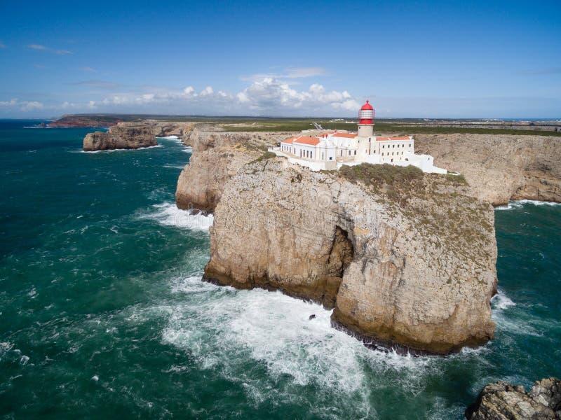 萨格里什灯塔鸟瞰图在圣文森海角,阿尔加威,葡萄牙的 免版税库存图片