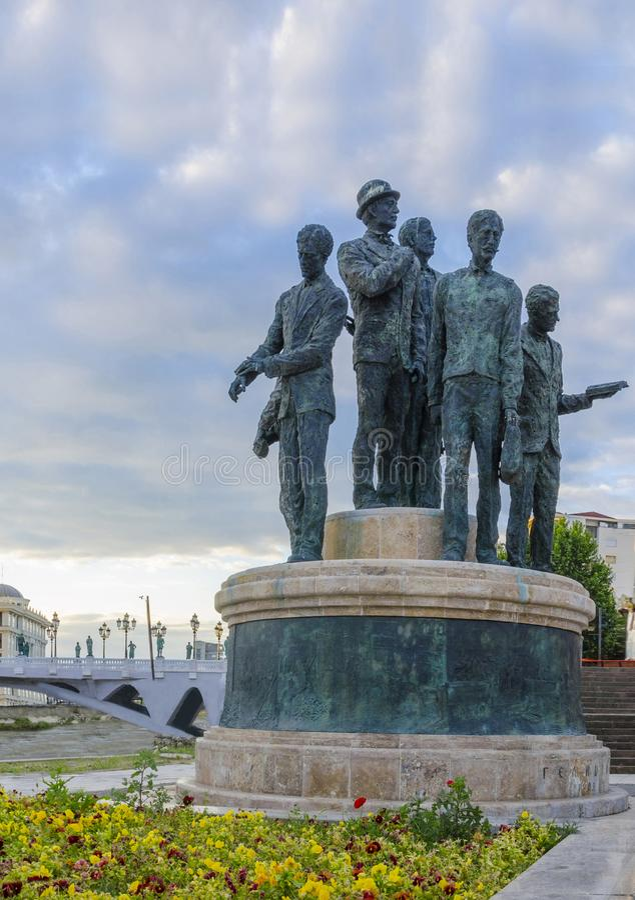 萨洛尼卡的船员的纪念碑在斯科普里 免版税图库摄影