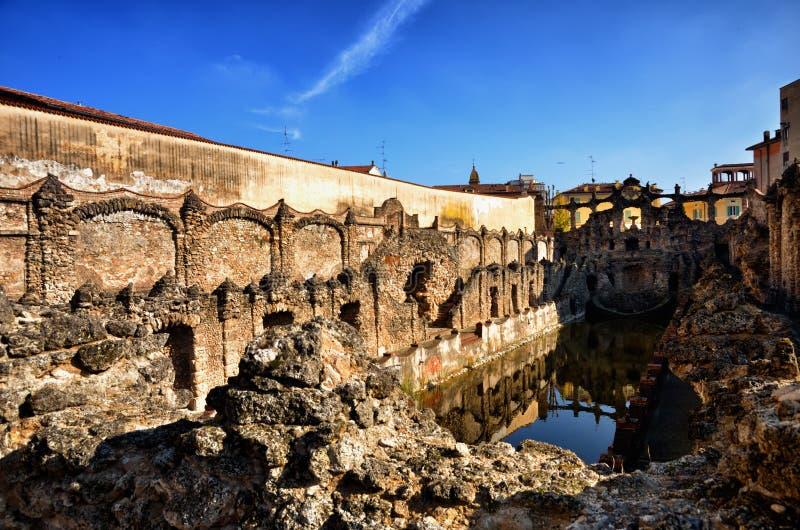 萨索罗,意大利, Este家庭,喷泉老夏天住所公爵的宫殿  免版税图库摄影