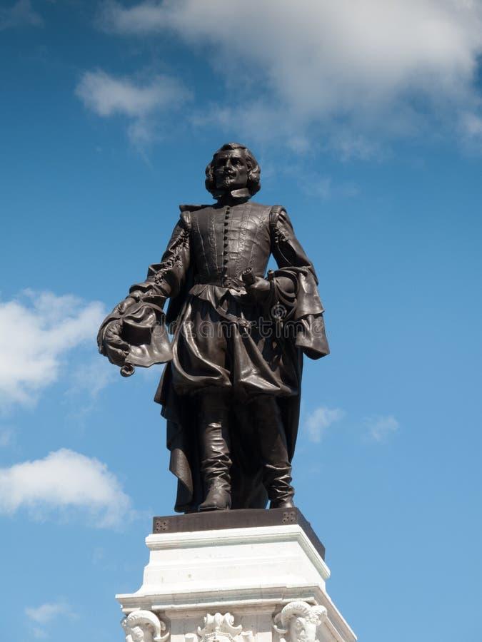 萨缪尔・德・尚普兰,魁北克市雕象的低角度视图, 库存图片