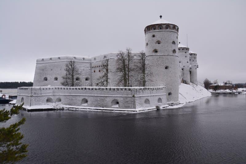 萨翁林纳城堡在Olavinlinna芬兰 免版税库存图片