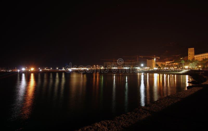 萨莱诺海边在晚上,意大利 库存图片
