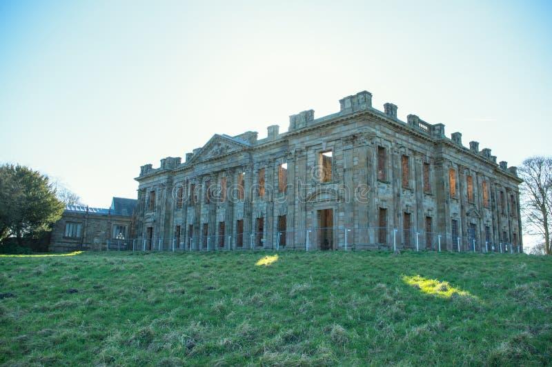 萨顿Scarsdale霍尔,英王乔治一世至三世时期废墟在切斯特菲尔德,德贝郡,英国 免版税库存照片