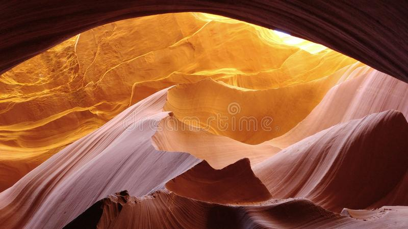 落矶山脉日落在羚羊峡谷 库存图片