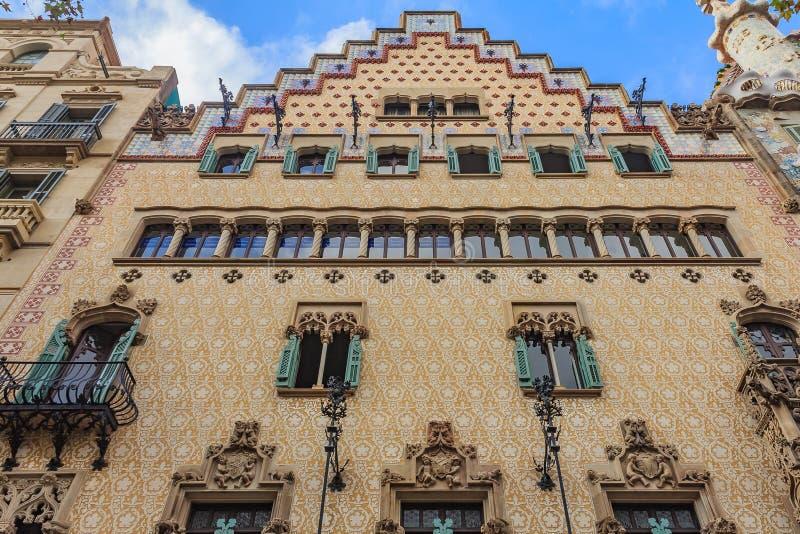 著名住处Amatller,安东尼设计的大厦的门面 免版税库存图片