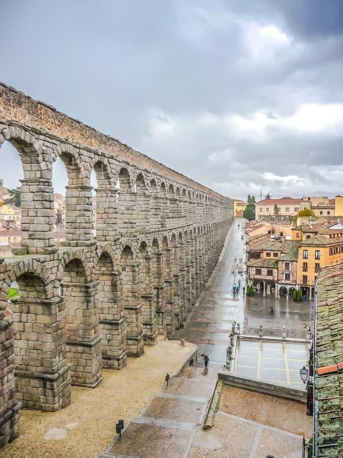 著名古老渡槽在塞戈维亚,卡斯蒂利亚y利昂,西班牙 免版税库存图片