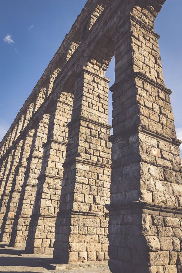 著名古老渡槽在塞戈维亚,卡斯蒂利亚y利昂,西班牙 图库摄影