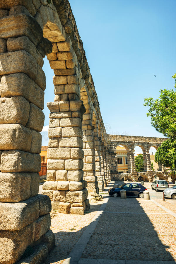 著名古老渡槽在塞戈维亚,西班牙 免版税库存照片