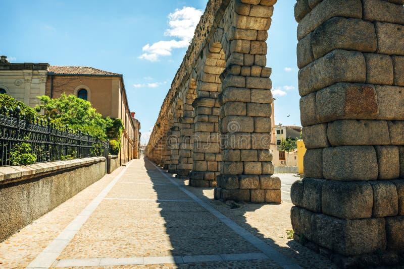 著名古老渡槽在塞戈维亚,西班牙 免版税图库摄影