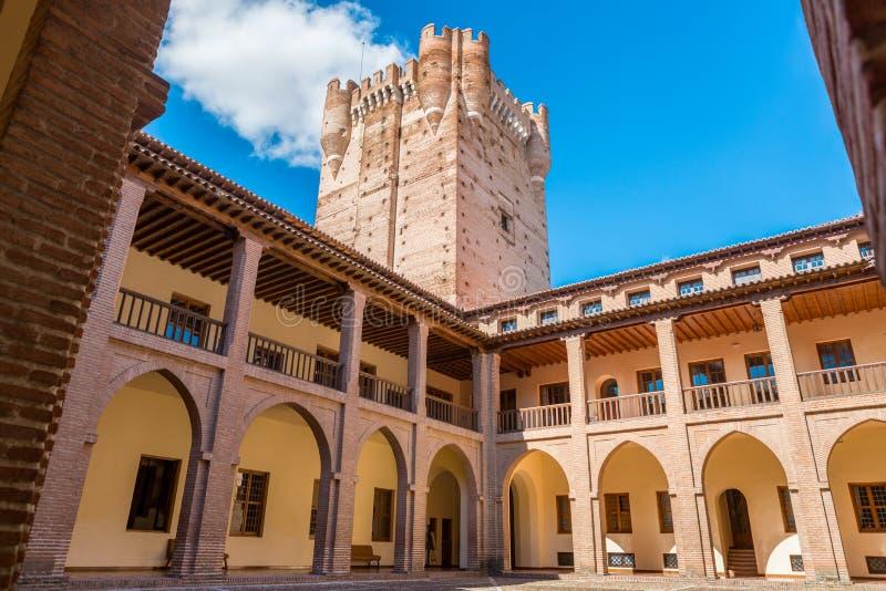 著名城堡卡斯蒂略de la莫塔岛的内部看法在梅迪纳德尔坎波,巴里阿多里德,西班牙 图库摄影